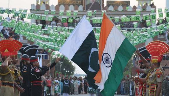 Muchos de los habitantes del territorio no quieren ser gobernados por India y prefieren ya sea la independencia o una unión con Pakistán.